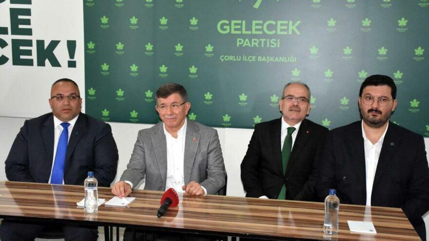 Genel Başkanımız sayın Ahmet Davutoğlu Çorlu İlçe Binasını Ziyaret Etti.