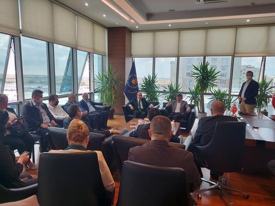 Genel Başkanımız sayın Ahmet Davutoğlu, Çorlu Ticaret ve Sanayi Odasını Ziyaret Etti.