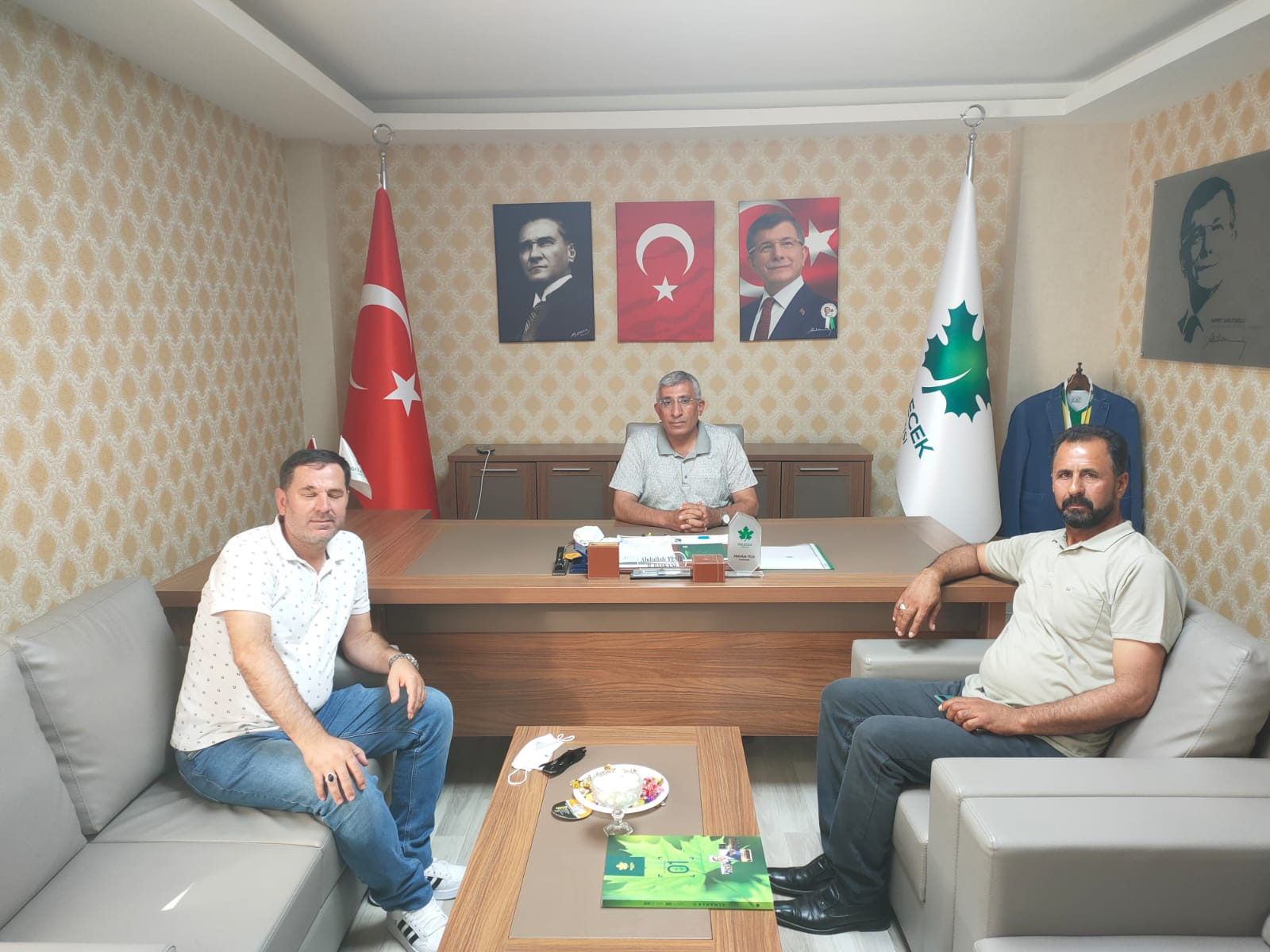 Sakarya Teşkilat Başkanı Erhan Ünsalan İl Başkanlığımızı ziyaret etti.